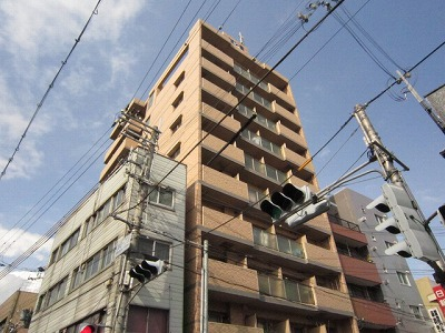 神戸市中央区東川崎町(JR東海道本線(近畿)神戸)の分譲賃貸マンション外観写真