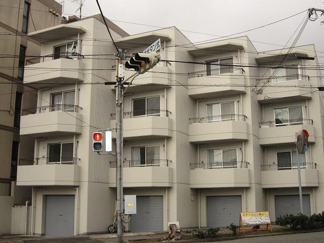 神戸市灘区篠原中町(阪急神戸線六甲)のマンション外観写真