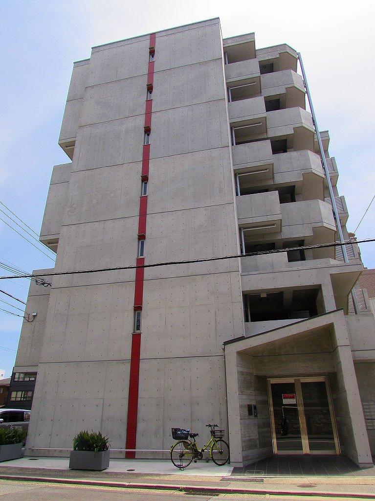 神戸市中央区下山手通(JR東海道本線(近畿)神戸)のマンション外観写真